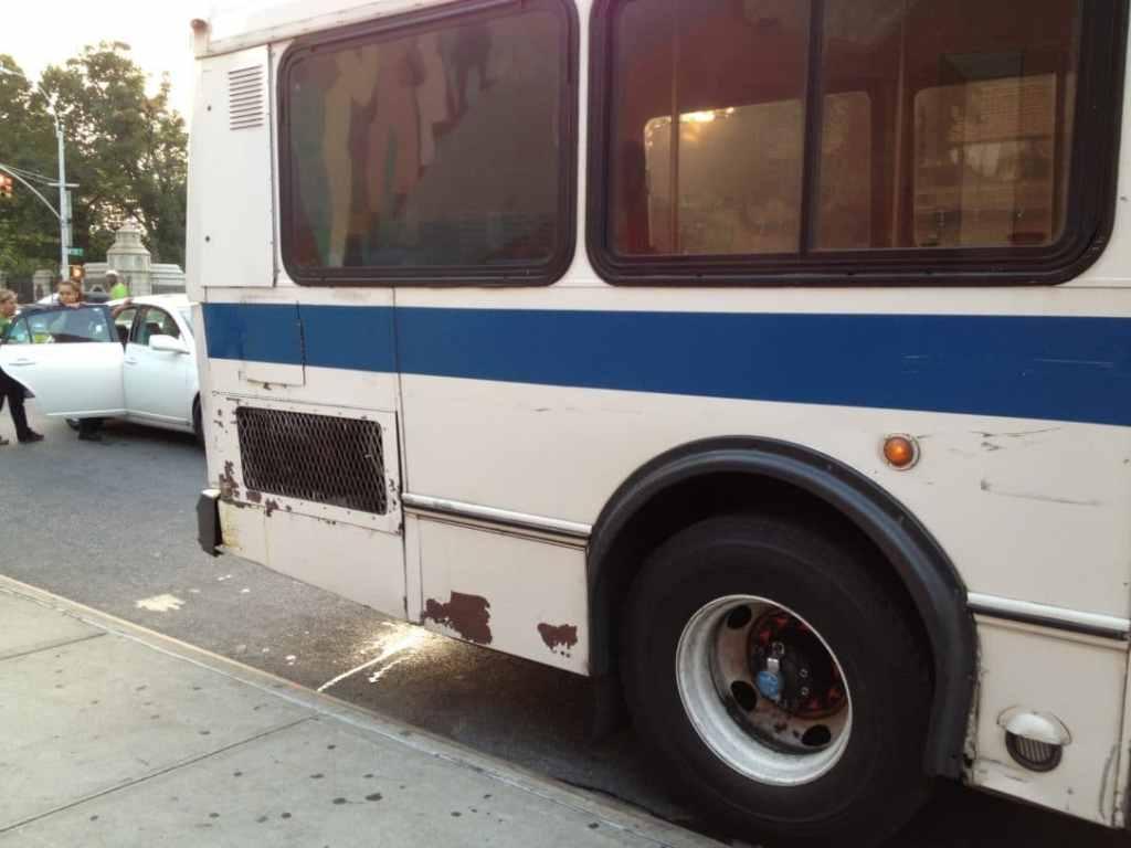 Broken down M100 Bus in Manhattan