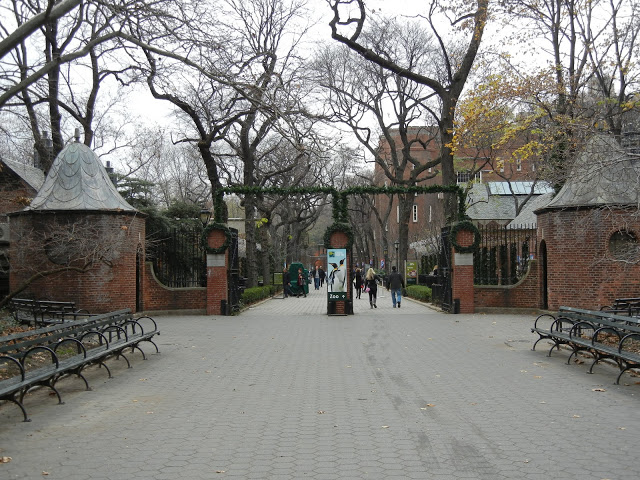 59th Street-Facing Entrance to the Central Park Zoo