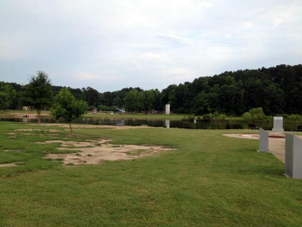 More of the lake at the Veterans Memorial Park in Tupelo, MS and a small water park on the far shore.