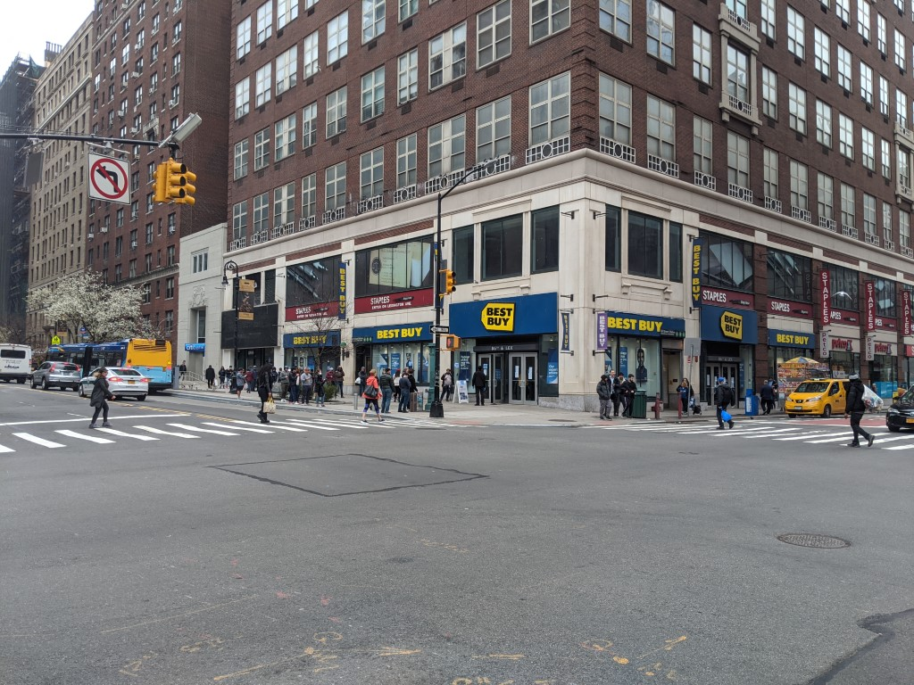 A crowd outside Best Buy on 86th Street in Manhattan, NYC